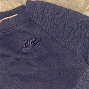 Black Nike Pullover Small
